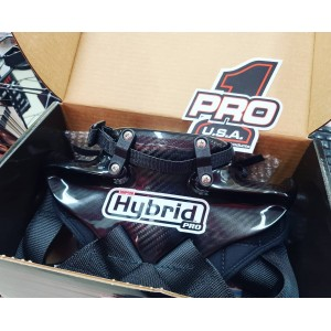 Very nice @simpsonraceproducts Carbon Fiber #HybridPro here for one of our customers. Visit our website for all your #RacingSafety needs!